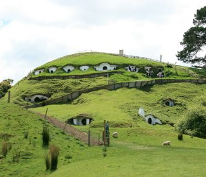 hobbit-sheep_1695905i