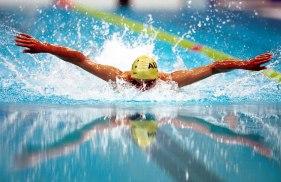 231000_-_Swimming_Daniel_Bell_reflections_action_-_3b_-_2000_Sydney_event_photo.jpg